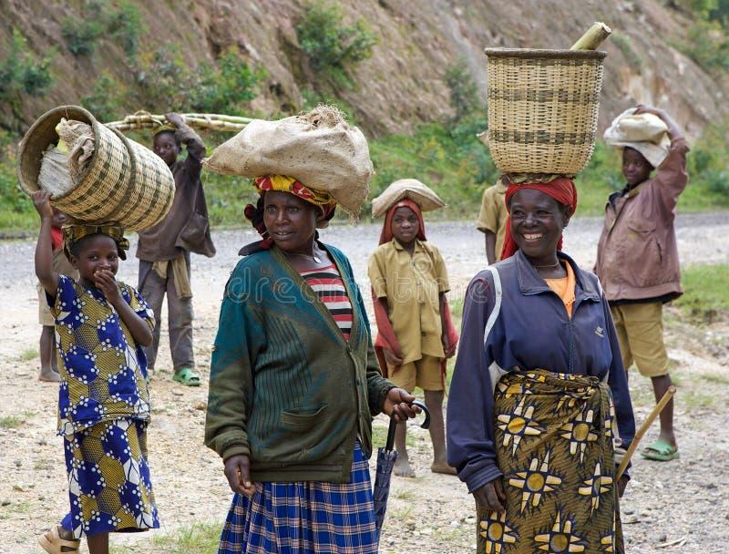 rwandan folk royaltyfria bilder