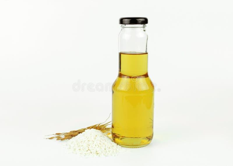 Ryżowego otręby olej w butelki szkle zdjęcie royalty free