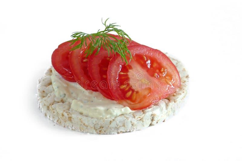 Ryżowy tort z pomidoru isolatetd na białym tle zdjęcia royalty free