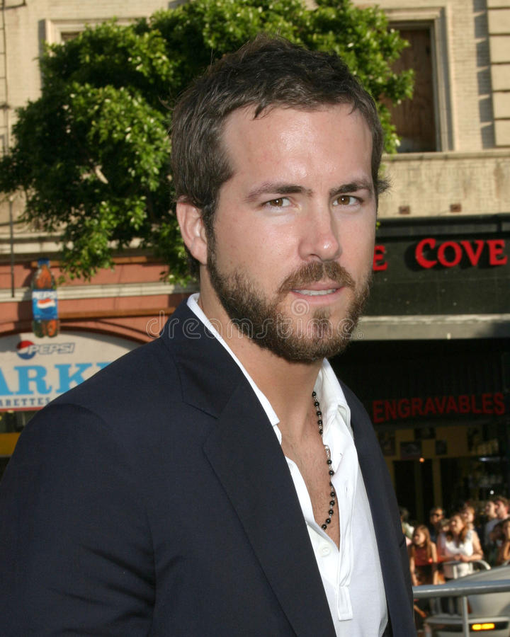 Ryan Reynolds royaltyfri bild