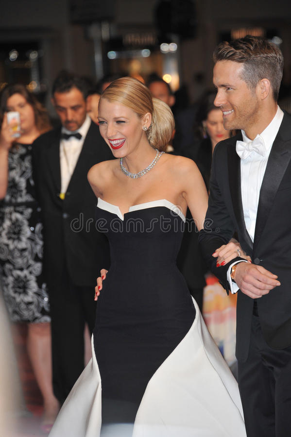 Ryan Reynolds et Blake Lively photographie stock libre de droits