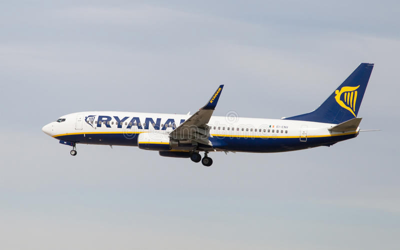 ryanair 737 Боинг стоковое изображение