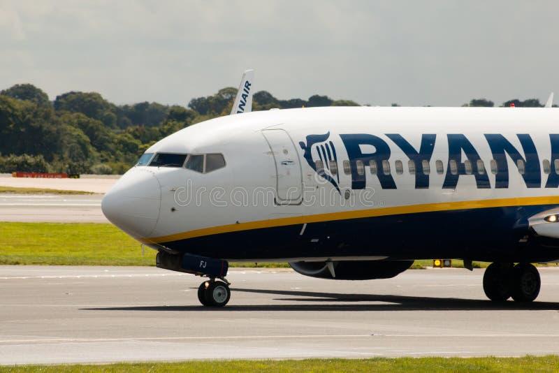 ryanair 737 Боинг стоковые фото