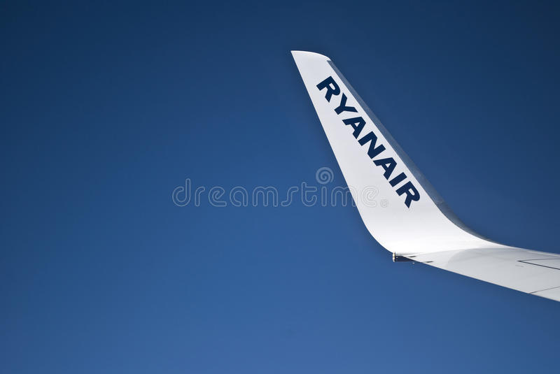 Download Ryanair winglet editorial stock image. Image of blue - 24147789