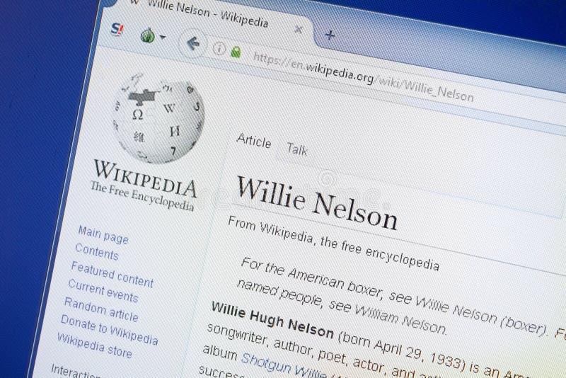Ryazan, Ρωσία - 19 Αυγούστου 2018: Σελίδα Wikipedia για το Willie Nelson στην επίδειξη του PC στοκ φωτογραφία με δικαίωμα ελεύθερης χρήσης