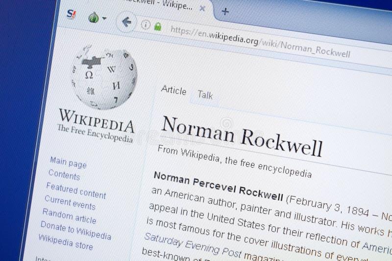 Ryazan, Rússia - 19 de agosto de 2018: Página de Wikipedia sobre Norman Rockwell na exposição do PC imagens de stock