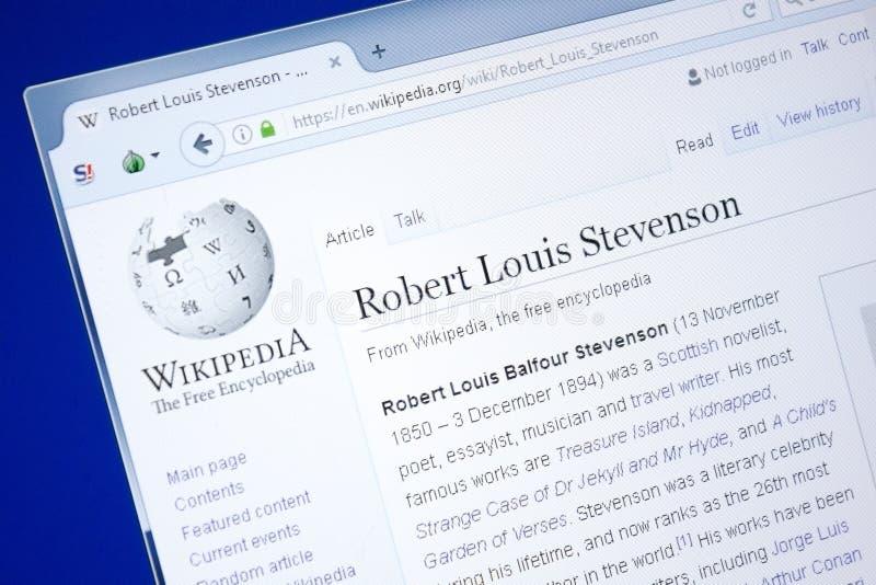 Ryazan, Rússia - 28 de agosto de 2018: Página de Wikipedia sobre Robert Louis Stevenson na exposição do PC fotografia de stock royalty free