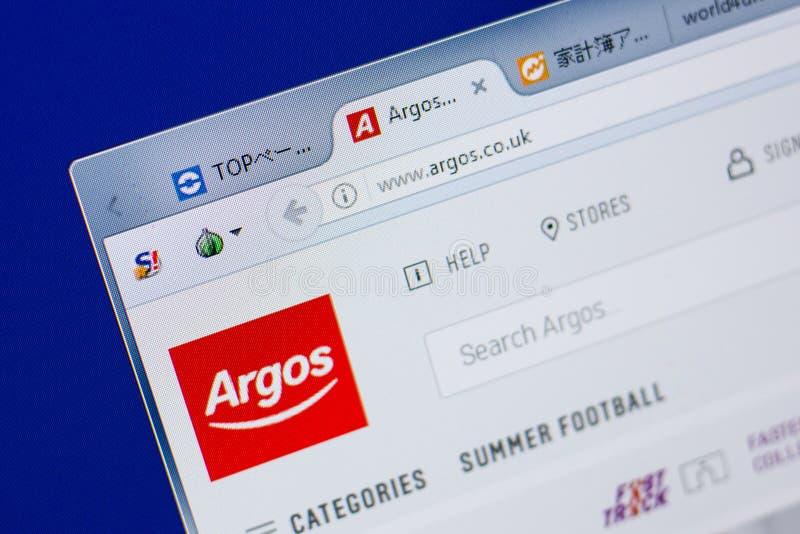 Ryazan, Rússia - 17 de junho de 2018: Homepage do Web site de Argos na exposição do PC, URL - Argos Co Reino Unido imagem de stock royalty free