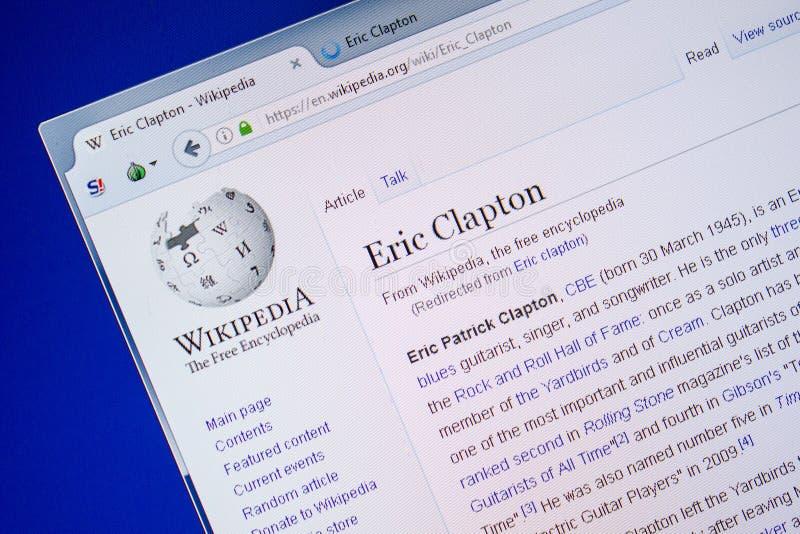 Ryazan Rosja, Lipiec, - 09, 2018: Strona na Wikipedia o Eric Clapton na pokazie pecet zdjęcia royalty free