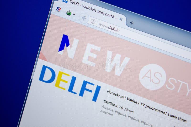 Ryazan, Russland - 26. Juni 2018: Homepage von Delfi-Website auf der Anzeige von PC URL - Delfi lv stockbild