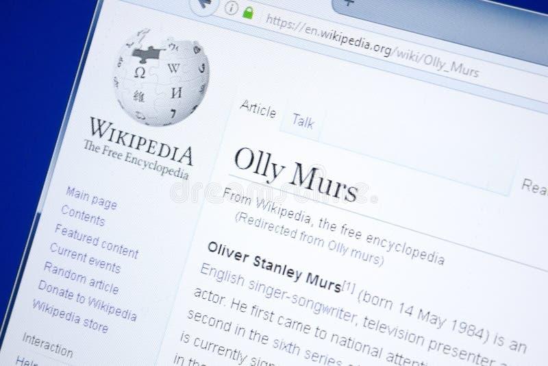 Ryazan Ryssland - Augusti 28, 2018: Wikipedia sida om Olly Murs på skärmen av PC:N royaltyfri foto