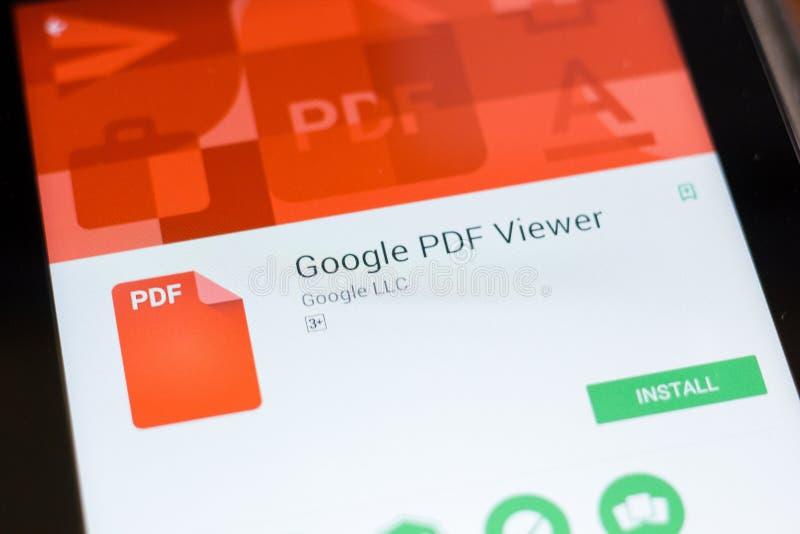 Ryazan Ryssland - Juni 24, 2018: Mobil app för Google PDF-tittare på skärmen av minnestavlaPC:N royaltyfria bilder