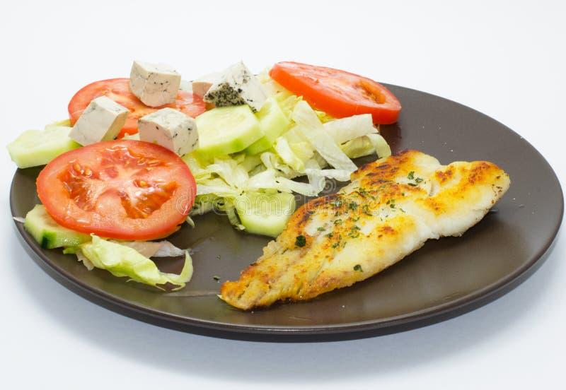 Ryba z sałatką zdjęcia stock