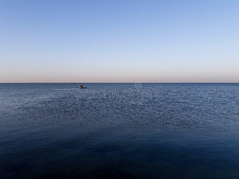 Rybacy na łodziach zdjęcia royalty free