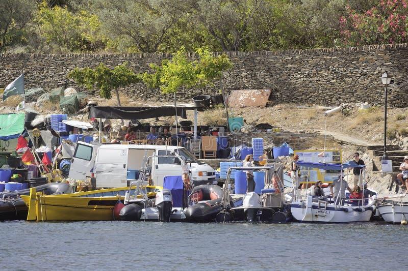 Rybacy na doku zatoczka zdjęcia stock