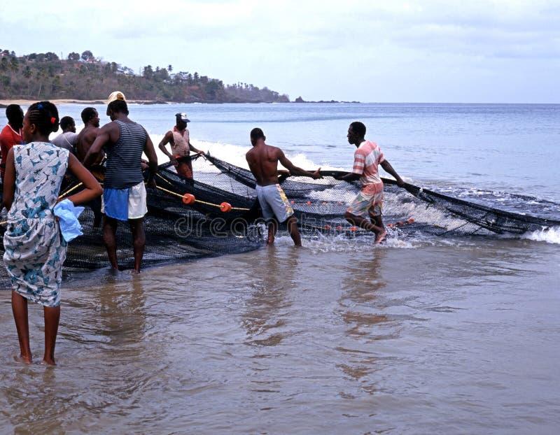 Rybacy przynosi w chwycie, Tobago zdjęcia stock
