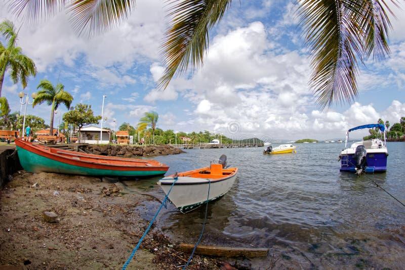 Rybak łodzie w Trois Ilets ukrywają - Martinique obraz royalty free