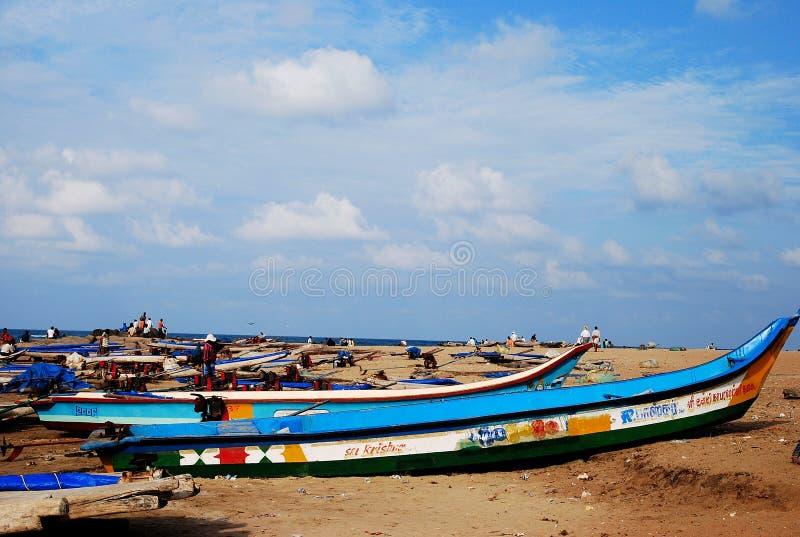 Rybak i łodzie fotografia stock