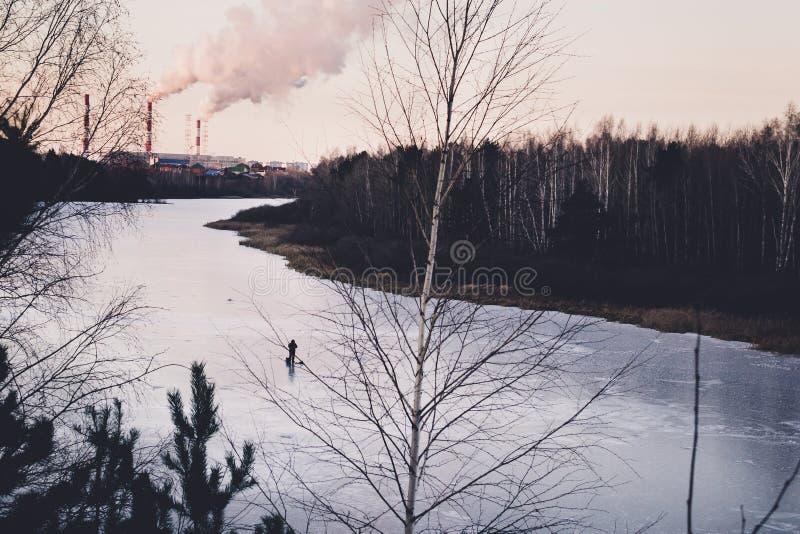 Rybak na lodzie zdjęcie stock