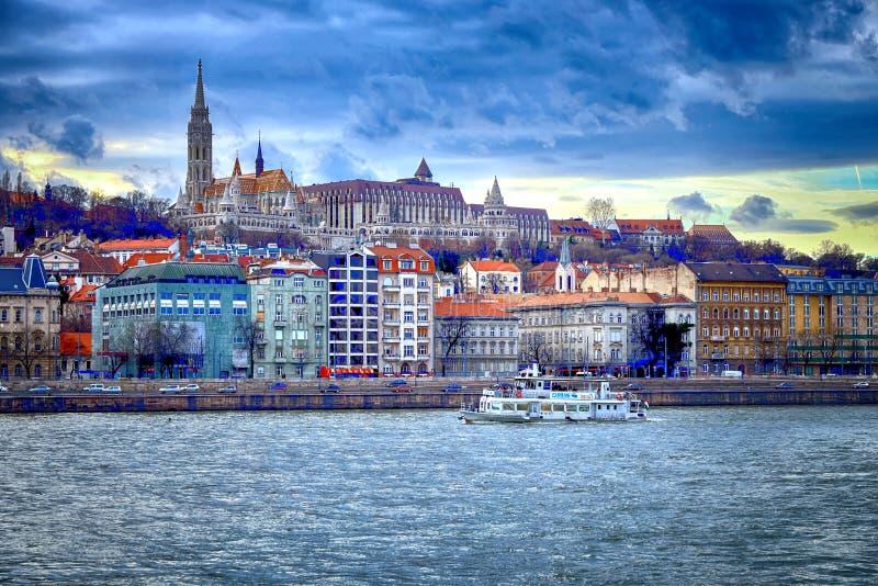 Rybaka bastion i Danube rzeka, Budapest zdjęcie stock