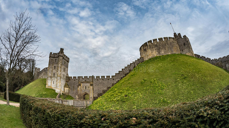 Rybiego oka widok średniowieczny Arundel kasztel, Anglia zdjęcia royalty free