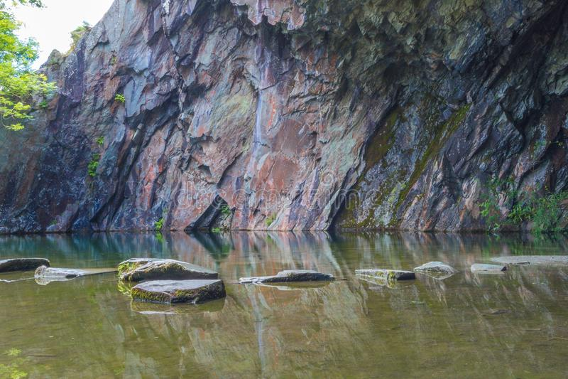 Rydal-Höhle nahe Grasmere See im See-Bezirk, Großbritannien stockbild