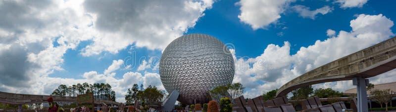 Rymdskeppjord på den Epcot mitten i Orlando Florida royaltyfria foton