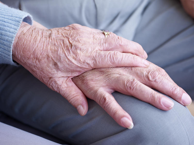Rymma händer arkivfoto