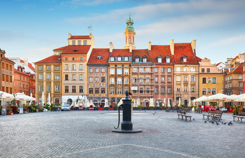 Rynek大广场在老镇在华沙,波兰 图库摄影