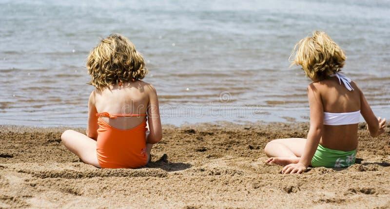 RyPer на пляже стоковые изображения rf