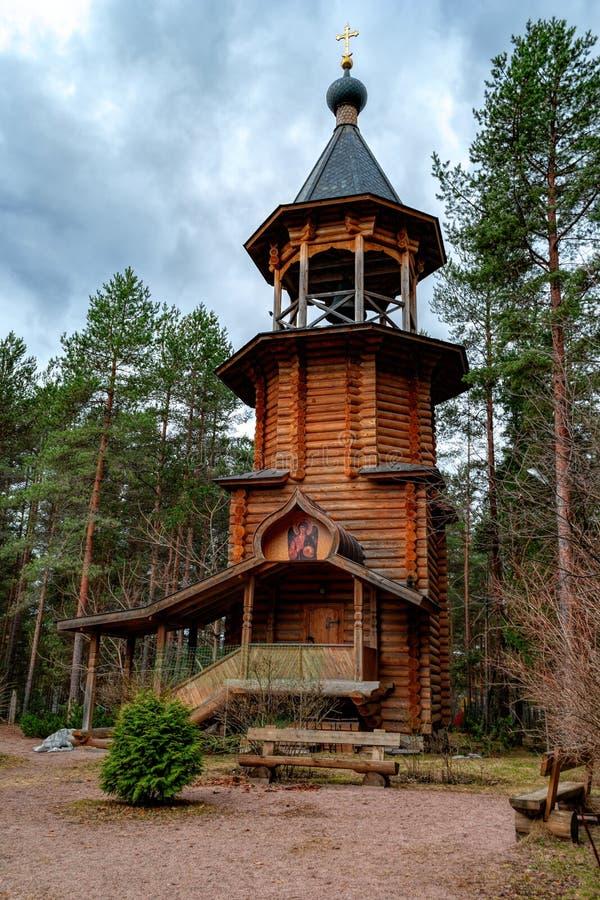 Ryska helgon för klockstapelkyrka allra, Sosnovo, Leningrad region, arkivbild
