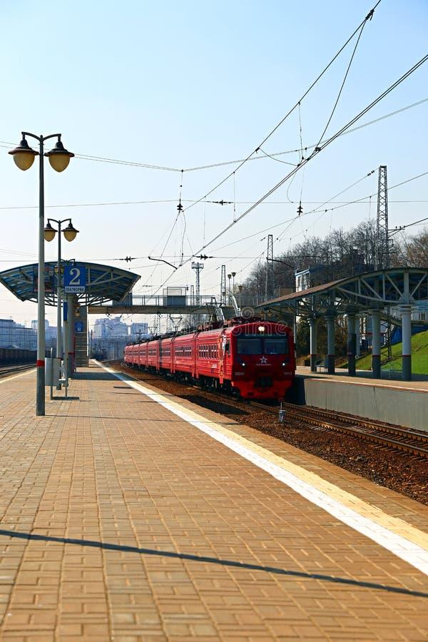 Ryska järnvägar Aeroexpress för elektriskt drev i Moskva arkivbilder