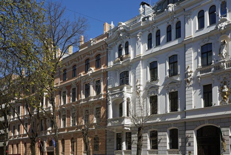 Ryski, Ausekla 4-6, dziejowy budynku z elementami eklektyzm i sztuko Nouveau, obrazy stock