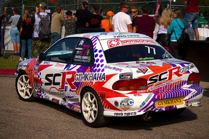 Ryski, Kolorowy Dryftowy samochód Latvia, Sierpień - 02, 2019 - obrazy stock