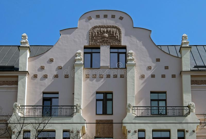 Ryski, Miera ulica 54, sztuka Nouveau, elementy fasada obrazy stock
