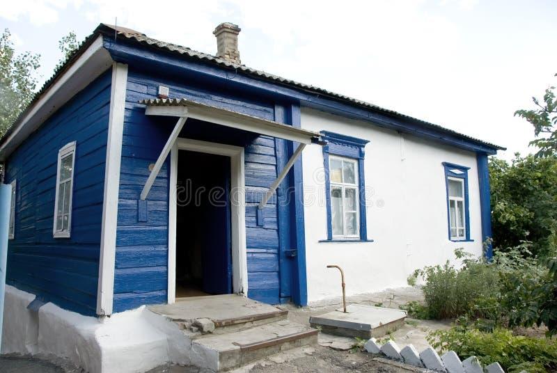Ryskt hus för bygd fotografering för bildbyråer
