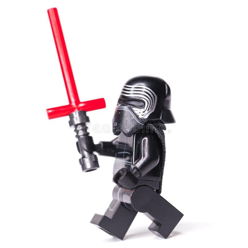 RYSKT JANUARI 15, 2019 legostjärnan kriger Kylo Ren kortkort-diagram av den Lego Star Wars sagan royaltyfri foto