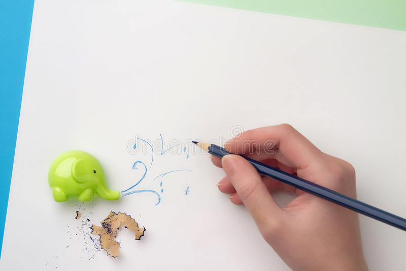 Rysować kiść wody, ostrzarki i ołówka segregowania, obraz stock