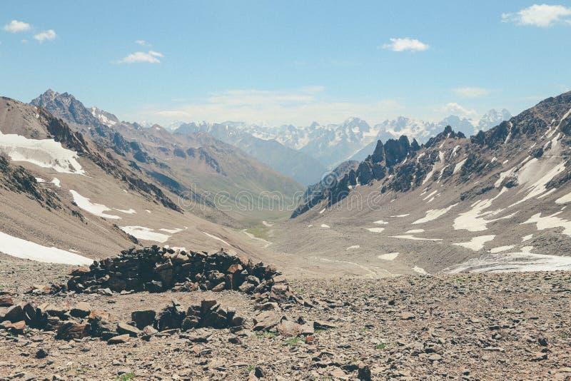 Ryssland Caucas för Kaukasus berg elbrus fotografering för bildbyråer