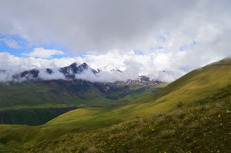 Ryssland Kaukasuset Karachay Cherkess republik royaltyfri foto