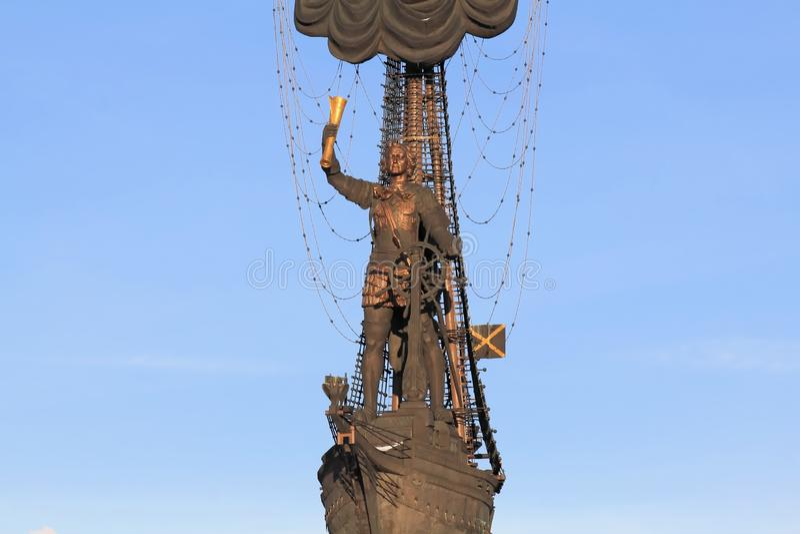 """RYSSLAND MOSKVA†""""JANUARI 23, 2019: Diagramet av Peter det stort, del av monumentet till Peter det stort av Zurab Tsereteli fotografering för bildbyråer"""