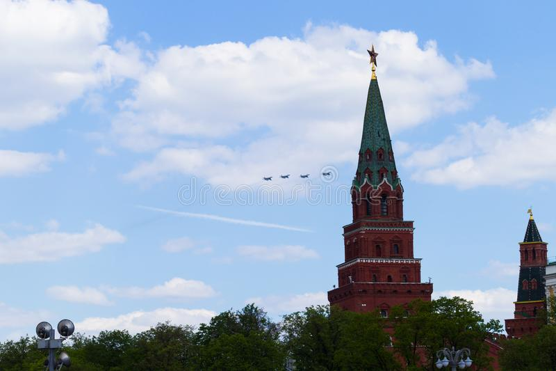 Ryssland Moskva, Maj 7, 2016 - repetition av ståta på röda Squ arkivfoto