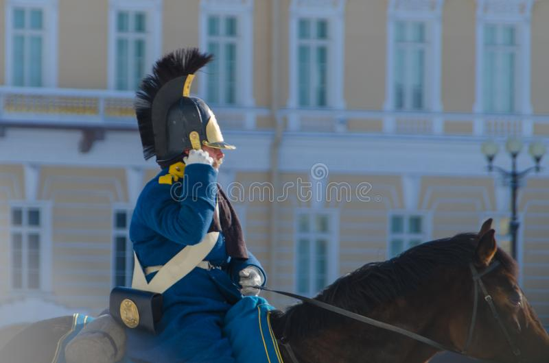 Ryssland St Petersburg, Februari 27, 2018 - en rekonstruktion, R royaltyfria foton