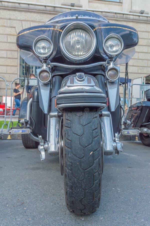 Ryssland St Petersburg, Ostrovsky fyrkant, festivalen av Harl royaltyfri fotografi