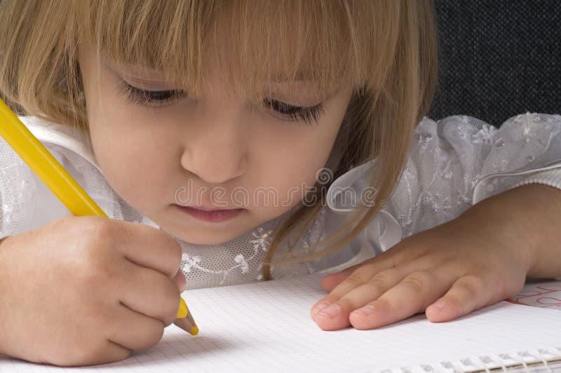 Download Rysunkowa dziewczyna zdjęcie stock. Obraz złożonej z dzieciństwo - 13335132