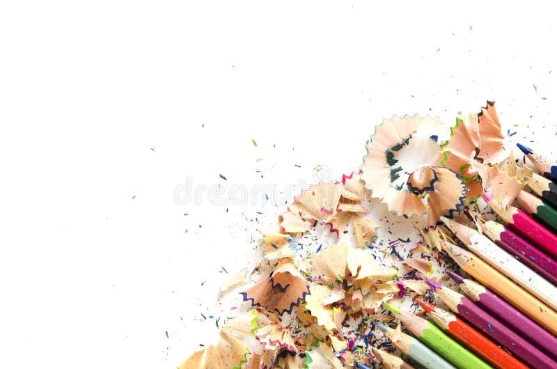 Rysunkowych narzędzi tło Udział kolorowa ołówek rama z trociny i golenia na bielu zdjęcia royalty free