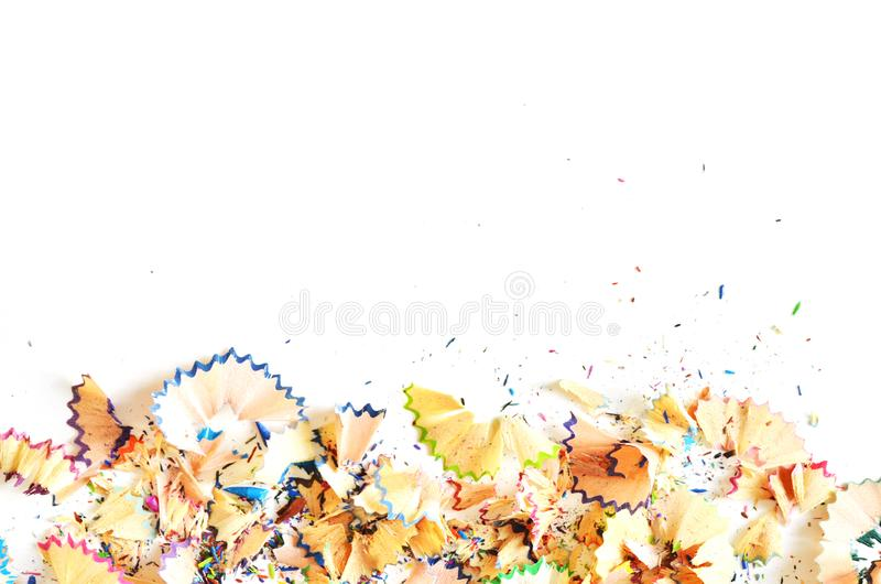 Rysunkowych narzędzi tło Udział kolorowa ołówek rama z trociny i golenia na bielu zdjęcia stock