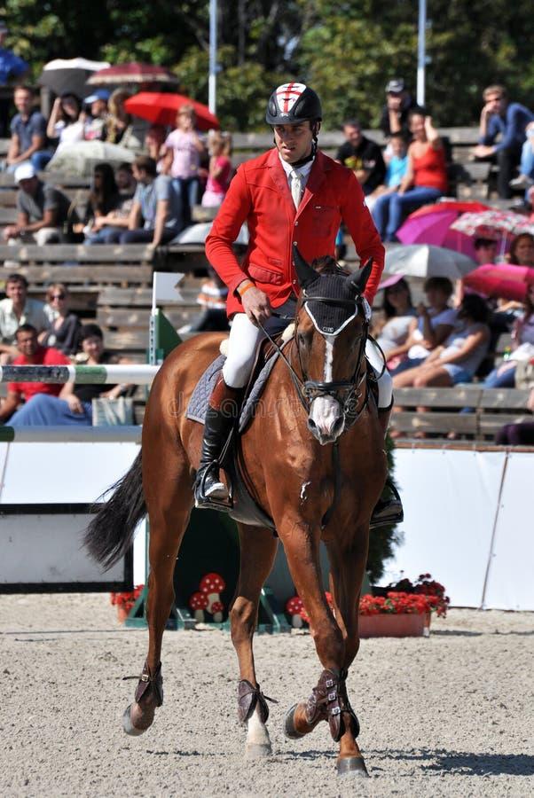 Ryttaren och hans häst arkivfoton