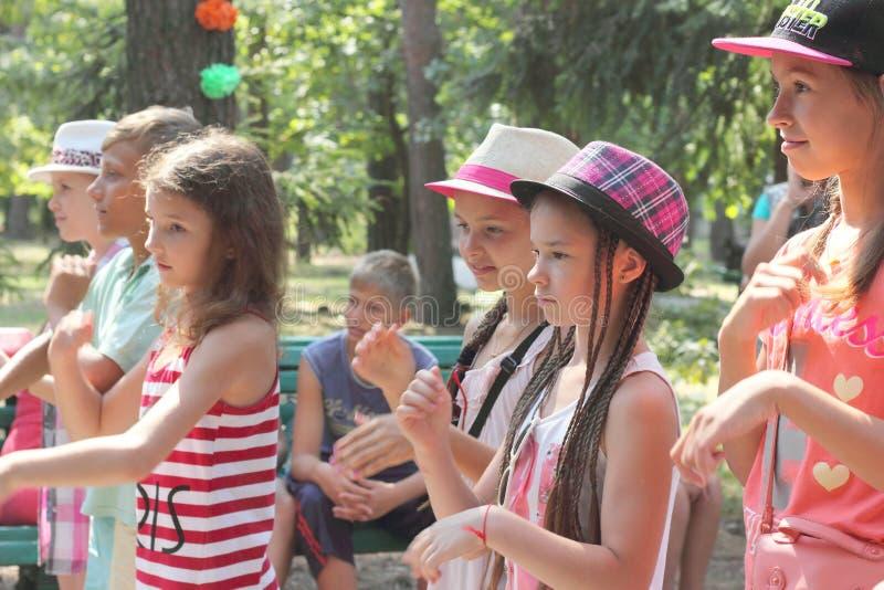 Rywalizacja children tana obozu wakacje obrazy royalty free