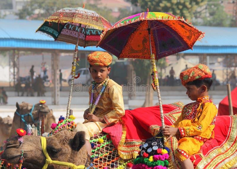 Rywalizacja dekorować wielbłądy przy Pushkar wielbłąda jarmarkiem zdjęcia stock
